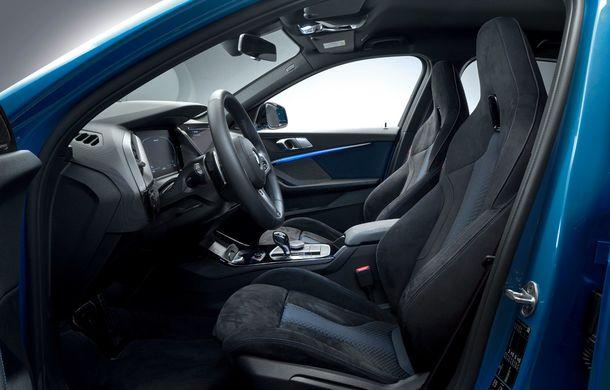 Noua generație BMW Seria 1, imagini și detalii oficiale: platformă nouă cu roți motrice față, mai mult spațiu pentru pasageri și tehnologii moderne - Poza 99