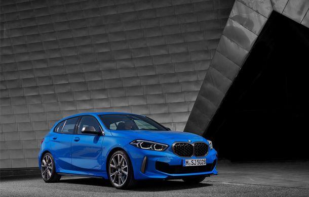 Noua generație BMW Seria 1, imagini și detalii oficiale: platformă nouă cu roți motrice față, mai mult spațiu pentru pasageri și tehnologii moderne - Poza 8