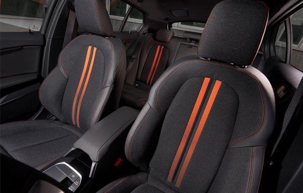 Noua generație BMW Seria 1, imagini și detalii oficiale: platformă nouă cu roți motrice față, mai mult spațiu pentru pasageri și tehnologii moderne - Poza 89