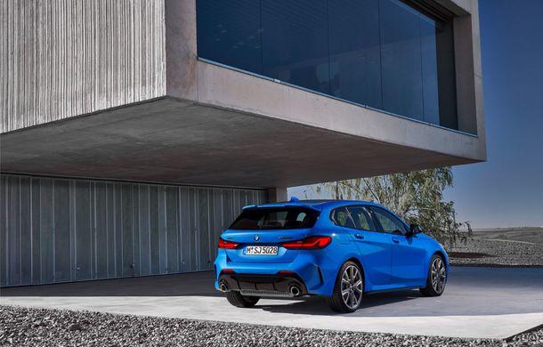 Noua generație BMW Seria 1, imagini și detalii oficiale: platformă nouă cu roți motrice față, mai mult spațiu pentru pasageri și tehnologii moderne - Poza 15