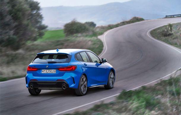 Noua generație BMW Seria 1, imagini și detalii oficiale: platformă nouă cu roți motrice față, mai mult spațiu pentru pasageri și tehnologii moderne - Poza 14