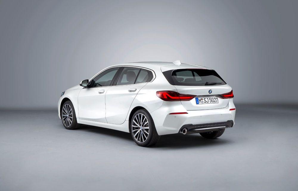 Noua generație BMW Seria 1, imagini și detalii oficiale: platformă nouă cu roți motrice față, mai mult spațiu pentru pasageri și tehnologii moderne - Poza 51