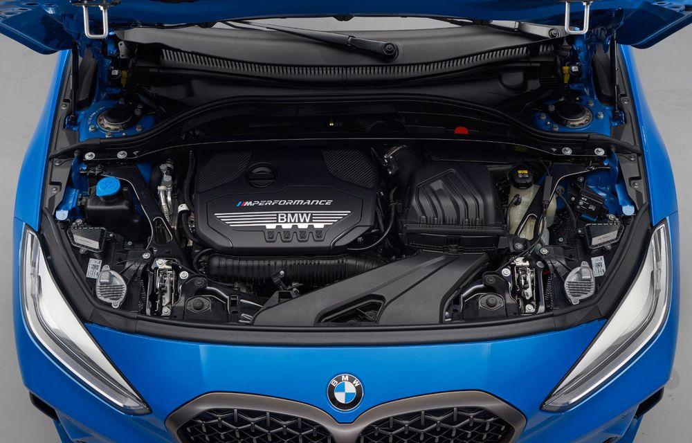 Noua generație BMW Seria 1, imagini și detalii oficiale: platformă nouă cu roți motrice față, mai mult spațiu pentru pasageri și tehnologii moderne - Poza 108