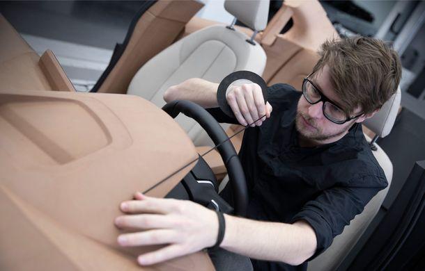 Noua generație BMW Seria 1, imagini și detalii oficiale: platformă nouă cu roți motrice față, mai mult spațiu pentru pasageri și tehnologii moderne - Poza 115
