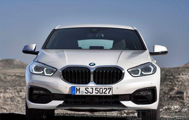 Noua generație BMW Seria 1, imagini și detalii oficiale: platformă nouă cu roți motrice față, mai mult spațiu pentru pasageri și tehnologii moderne - Poza 26