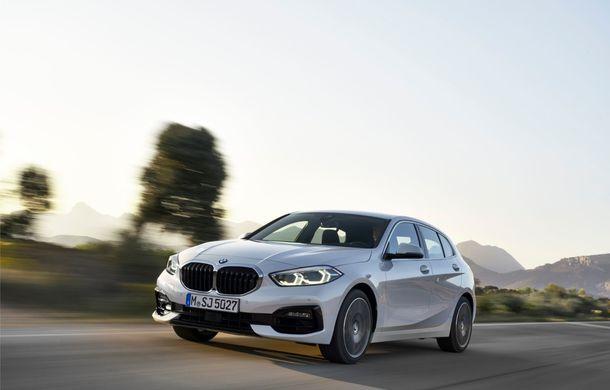 Noua generație BMW Seria 1, imagini și detalii oficiale: platformă nouă cu roți motrice față, mai mult spațiu pentru pasageri și tehnologii moderne - Poza 33