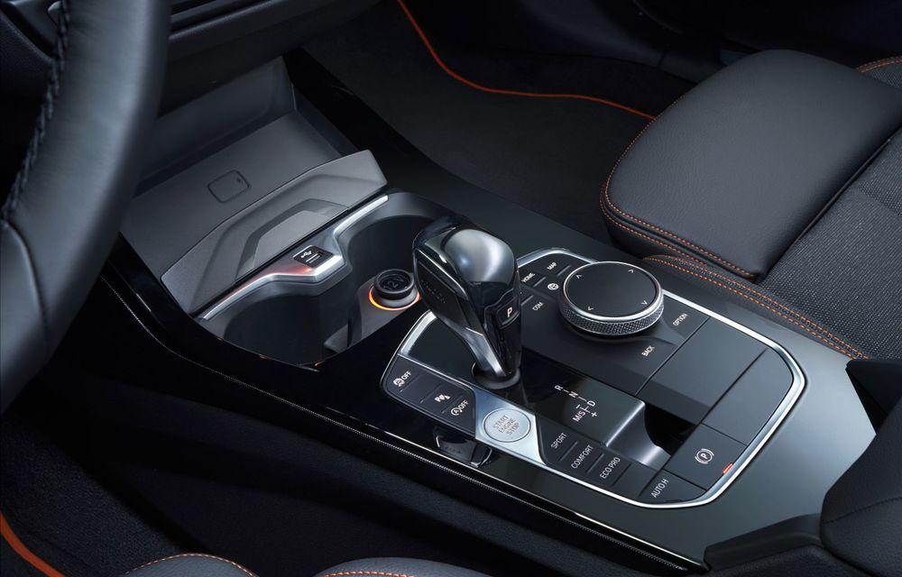 Noua generație BMW Seria 1, imagini și detalii oficiale: platformă nouă cu roți motrice față, mai mult spațiu pentru pasageri și tehnologii moderne - Poza 104