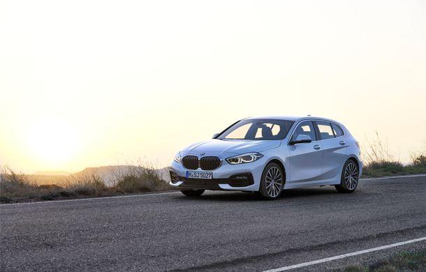 Noua generație BMW Seria 1, imagini și detalii oficiale: platformă nouă cu roți motrice față, mai mult spațiu pentru pasageri și tehnologii moderne - Poza 34