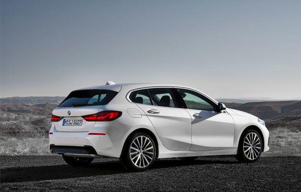 Noua generație BMW Seria 1, imagini și detalii oficiale: platformă nouă cu roți motrice față, mai mult spațiu pentru pasageri și tehnologii moderne - Poza 39