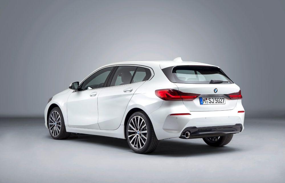 Noua generație BMW Seria 1, imagini și detalii oficiale: platformă nouă cu roți motrice față, mai mult spațiu pentru pasageri și tehnologii moderne - Poza 50