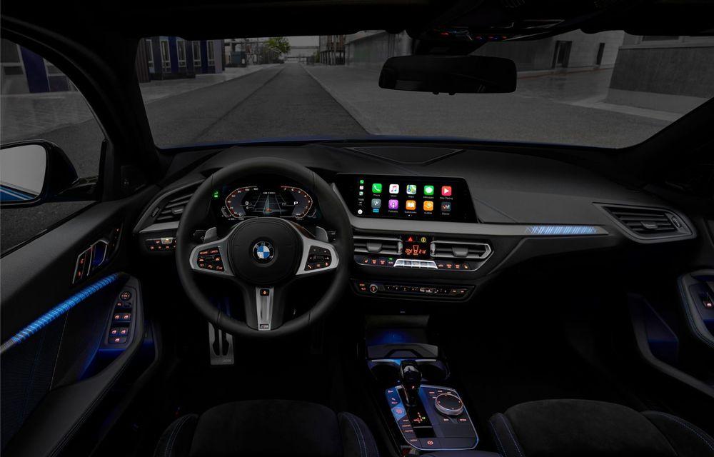 Noua generație BMW Seria 1, imagini și detalii oficiale: platformă nouă cu roți motrice față, mai mult spațiu pentru pasageri și tehnologii moderne - Poza 80