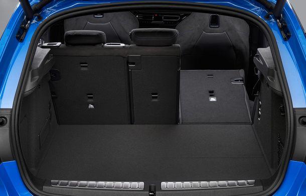Noua generație BMW Seria 1, imagini și detalii oficiale: platformă nouă cu roți motrice față, mai mult spațiu pentru pasageri și tehnologii moderne - Poza 72