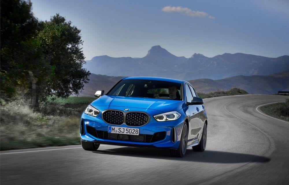 Noua generație BMW Seria 1, imagini și detalii oficiale: platformă nouă cu roți motrice față, mai mult spațiu pentru pasageri și tehnologii moderne - Poza 6