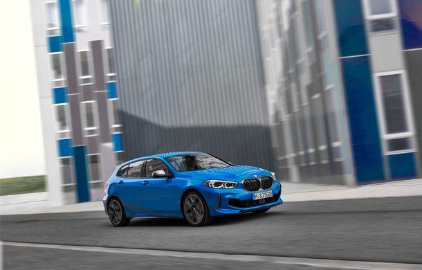Noua generație BMW Seria 1, imagini și detalii oficiale: platformă nouă cu roți motrice față, mai mult spațiu pentru pasageri și tehnologii moderne - Poza 11