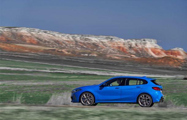 Noua generație BMW Seria 1, imagini și detalii oficiale: platformă nouă cu roți motrice față, mai mult spațiu pentru pasageri și tehnologii moderne - Poza 13