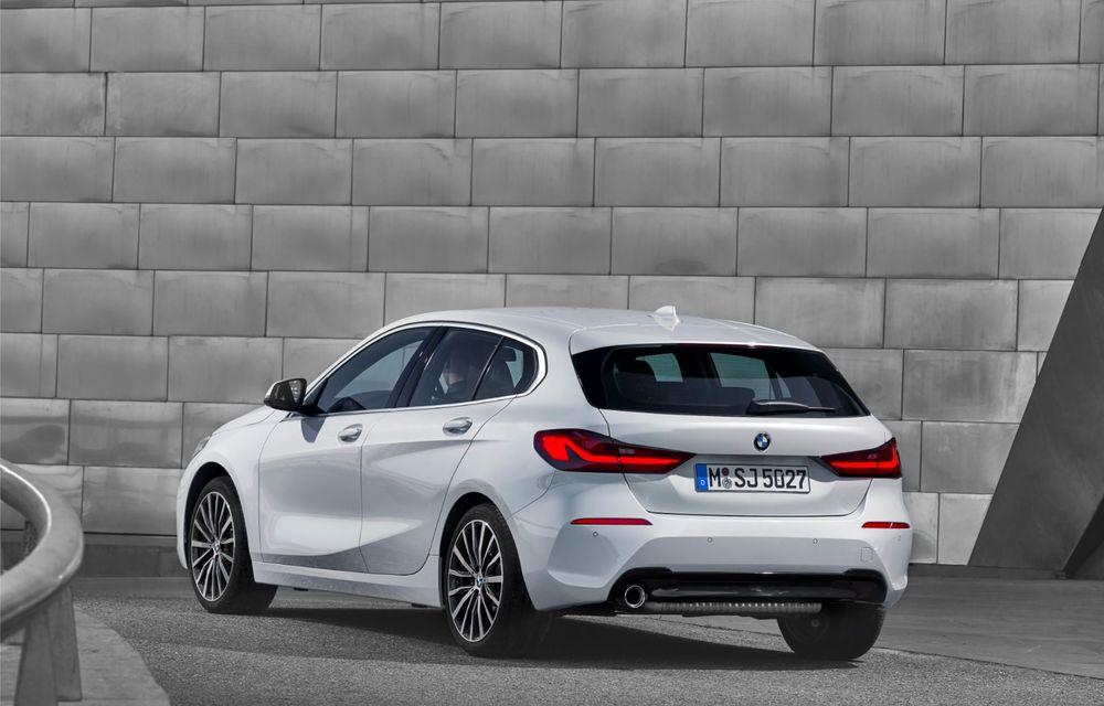 Noua generație BMW Seria 1, imagini și detalii oficiale: platformă nouă cu roți motrice față, mai mult spațiu pentru pasageri și tehnologii moderne - Poza 46