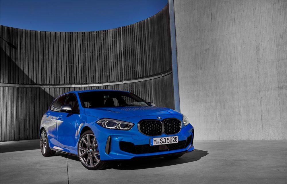 Noua generație BMW Seria 1, imagini și detalii oficiale: platformă nouă cu roți motrice față, mai mult spațiu pentru pasageri și tehnologii moderne - Poza 3