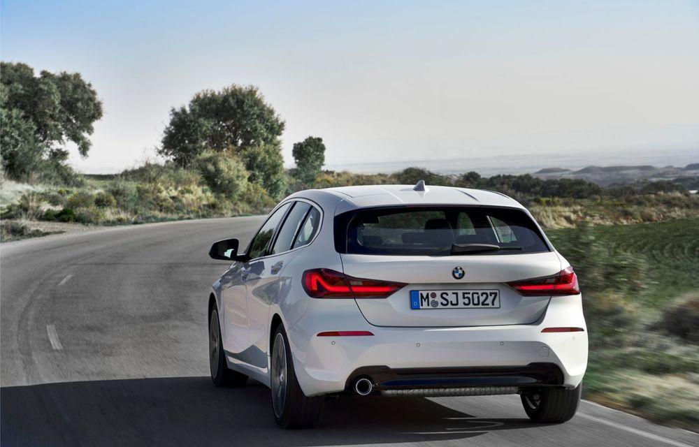 Noua generație BMW Seria 1, imagini și detalii oficiale: platformă nouă cu roți motrice față, mai mult spațiu pentru pasageri și tehnologii moderne - Poza 44
