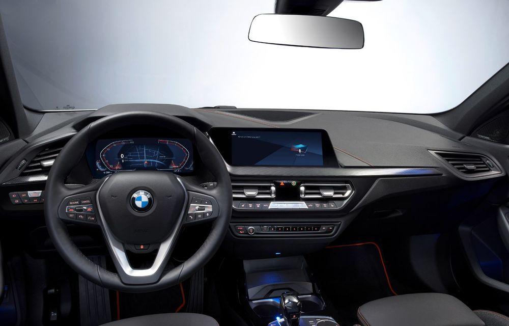 Noua generație BMW Seria 1, imagini și detalii oficiale: platformă nouă cu roți motrice față, mai mult spațiu pentru pasageri și tehnologii moderne - Poza 102