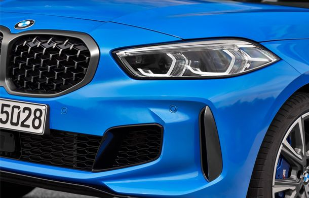 Noua generație BMW Seria 1, imagini și detalii oficiale: platformă nouă cu roți motrice față, mai mult spațiu pentru pasageri și tehnologii moderne - Poza 67