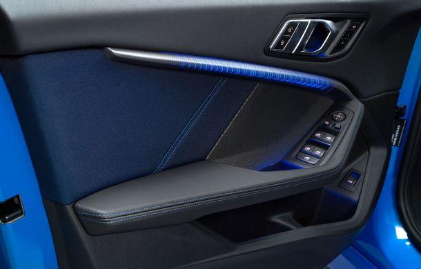Noua generație BMW Seria 1, imagini și detalii oficiale: platformă nouă cu roți motrice față, mai mult spațiu pentru pasageri și tehnologii moderne - Poza 84