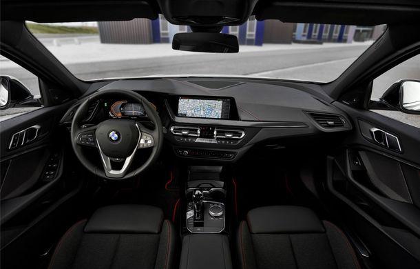 Noua generație BMW Seria 1, imagini și detalii oficiale: platformă nouă cu roți motrice față, mai mult spațiu pentru pasageri și tehnologii moderne - Poza 91