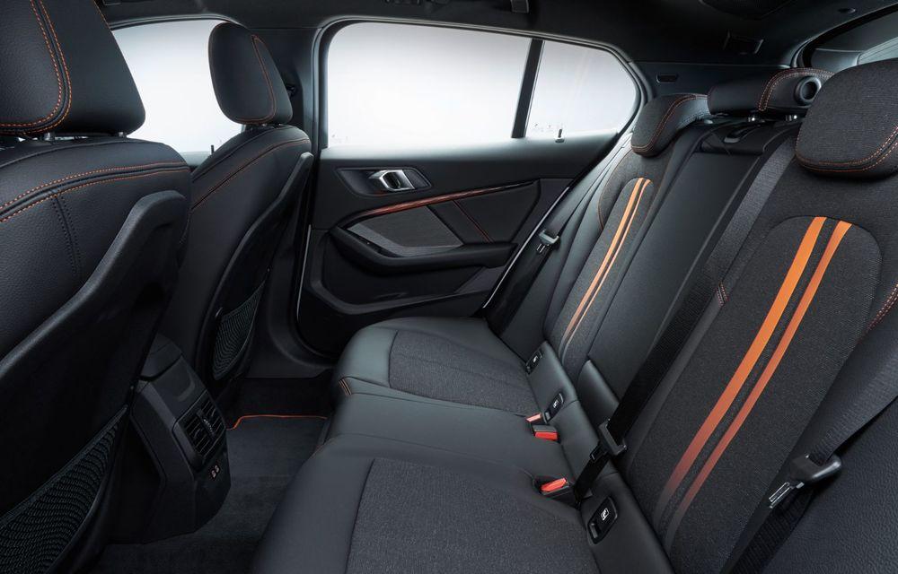 Noua generație BMW Seria 1, imagini și detalii oficiale: platformă nouă cu roți motrice față, mai mult spațiu pentru pasageri și tehnologii moderne - Poza 106