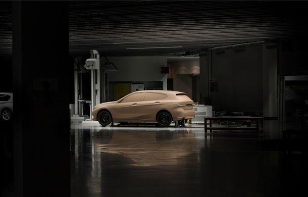 Noua generație BMW Seria 1, imagini și detalii oficiale: platformă nouă cu roți motrice față, mai mult spațiu pentru pasageri și tehnologii moderne - Poza 112