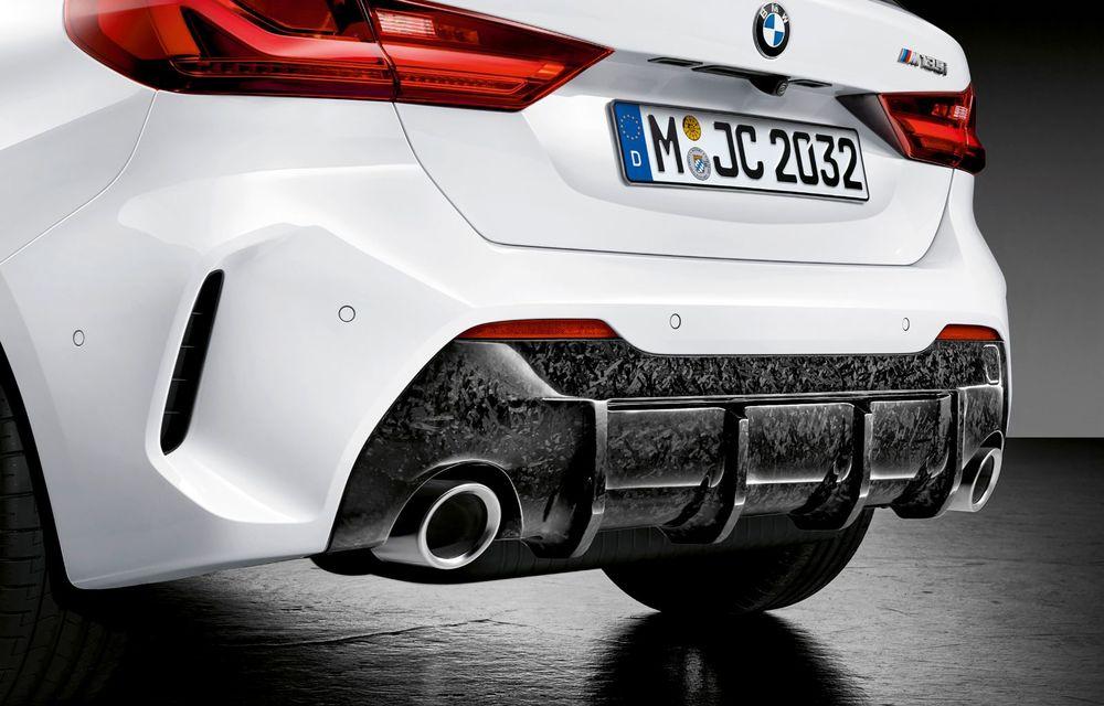 Accesorii M Performance pentru noua generație BMW Seria 1: elemente de caroserie și accesorii de interior derivate din cele utilizate în motorsport - Poza 9