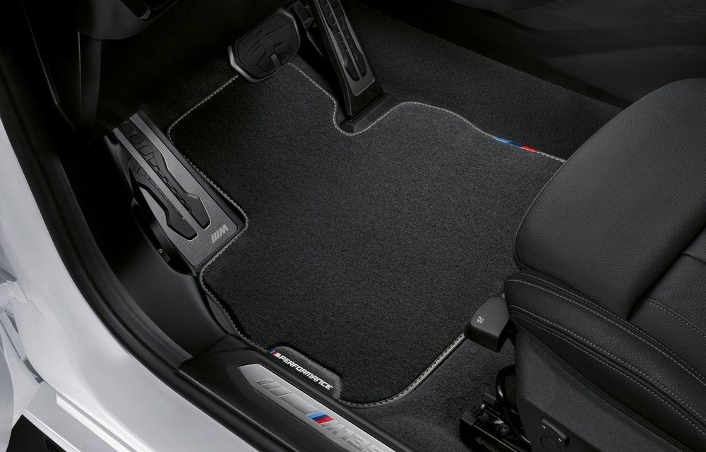 Accesorii M Performance pentru noua generație BMW Seria 1: elemente de caroserie și accesorii de interior derivate din cele utilizate în motorsport - Poza 16