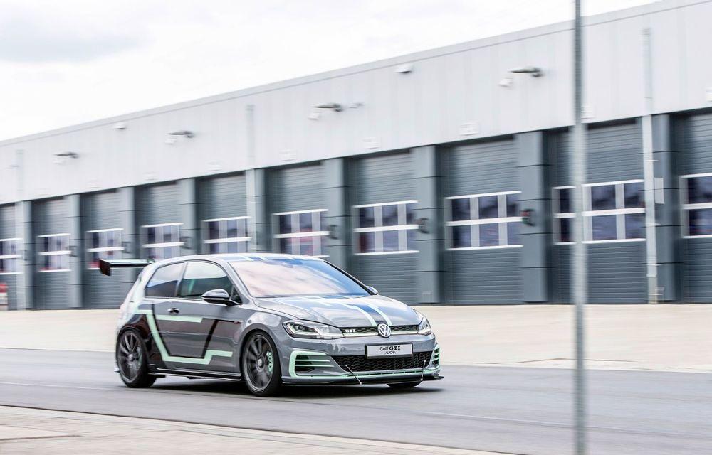 Ucenicii Volkswagen dau examen la Worthersee: un Golf GTI cu 380 CP și un Golf R break cu 400 CP au făcut deliciul celor prezenți în Austria - Poza 6