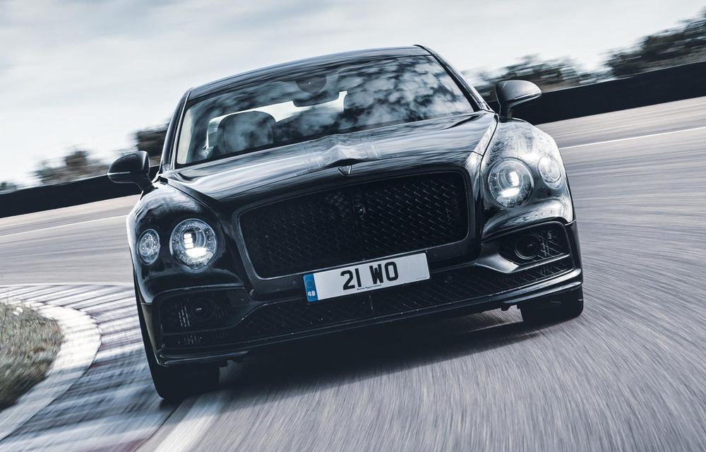 Imagini și informații noi despre noul Bentley Flying Spur: modelul va primi direcție integrală, iar lansarea este programată pentru 11 iunie - Poza 1