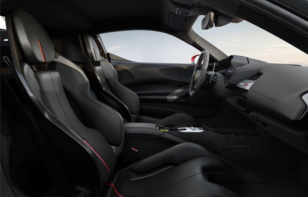 Ferrari SF90 Stradale, cel mai puternic model de serie dezvoltat până acum de constructorul italian: sistem plug-in hybrid de 1.000 CP și autonomie electrică de 25 de kilometri - Poza 7
