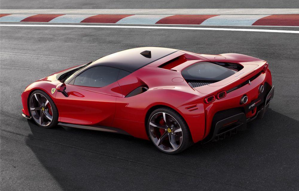 Ferrari SF90 Stradale, cel mai puternic model de serie dezvoltat până acum de constructorul italian: sistem plug-in hybrid de 1.000 CP și autonomie electrică de 25 de kilometri - Poza 4