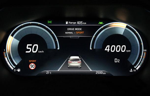 Noul SUV Kia XCeed va avea un panou de instrumente complet digital de 12.3 inch: prezentarea oficială va avea loc în 26 iunie - Poza 1