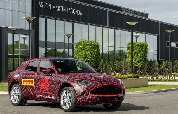 Aston Martin a inaugurat noua fabrică din Țara Galilor: primele prototipuri ale SUV-ului DBX au ieșit pe poarta uzinei din St Athan - Poza 1