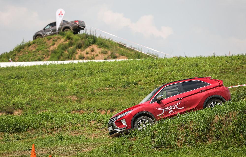 Galerie foto: Mitsubishi Off Road Day: clienții au testat abilitățile SUV-urilor japoneze pe teren accidentat - Poza 14