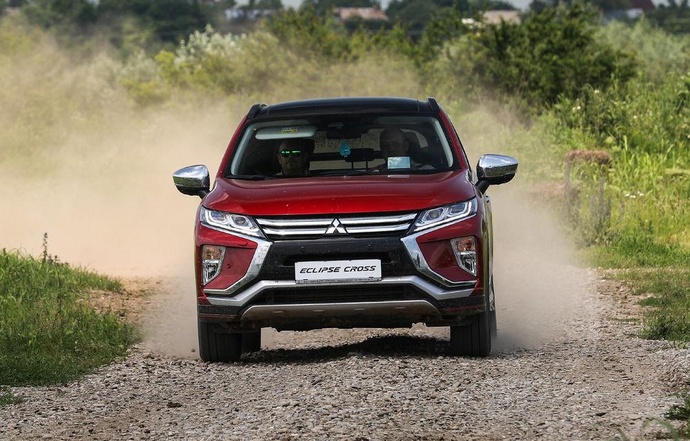 Galerie foto: Mitsubishi Off Road Day: clienții au testat abilitățile SUV-urilor japoneze pe teren accidentat - Poza 10