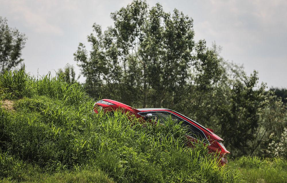 Galerie foto: Mitsubishi Off Road Day: clienții au testat abilitățile SUV-urilor japoneze pe teren accidentat - Poza 17