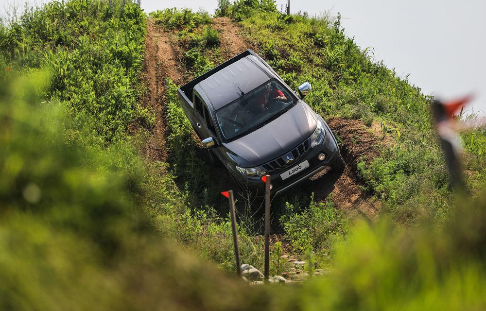 Galerie foto: Mitsubishi Off Road Day: clienții au testat abilitățile SUV-urilor japoneze pe teren accidentat - Poza 5