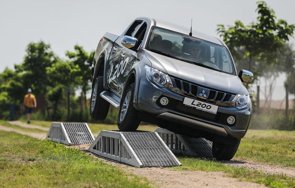 Galerie foto: Mitsubishi Off Road Day: clienții au testat abilitățile SUV-urilor japoneze pe teren accidentat - Poza 3