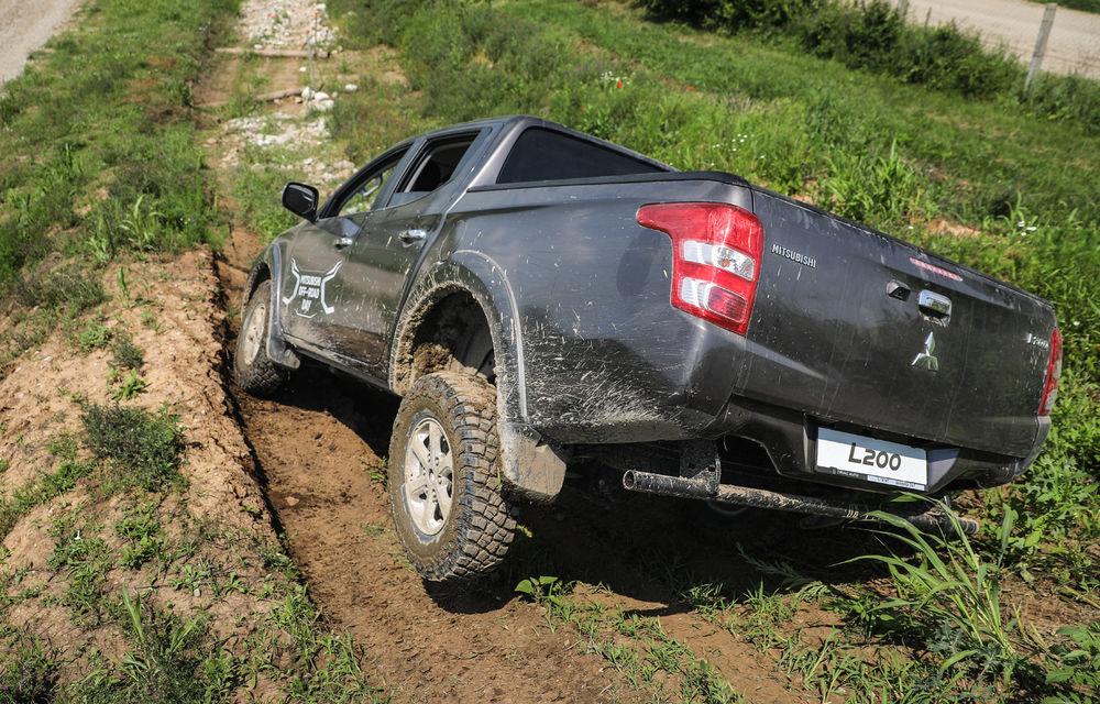 Galerie foto: Mitsubishi Off Road Day: clienții au testat abilitățile SUV-urilor japoneze pe teren accidentat - Poza 7