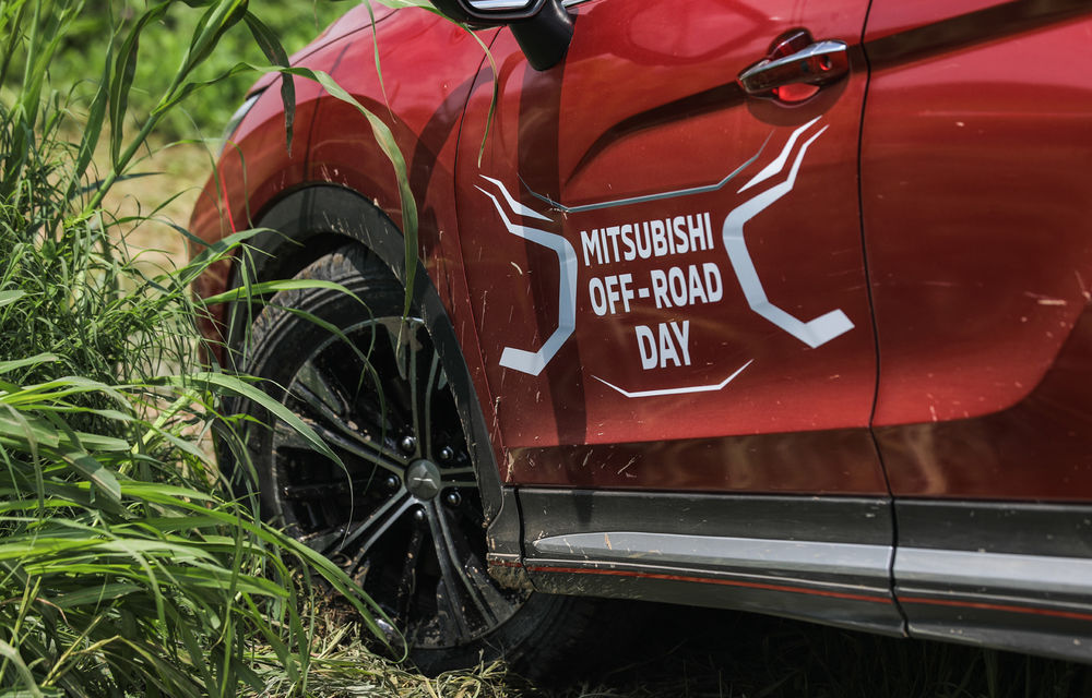 Galerie foto: Mitsubishi Off Road Day: clienții au testat abilitățile SUV-urilor japoneze pe teren accidentat - Poza 16