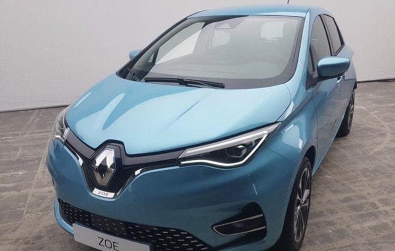 """Prima imagine cu noua generație Renault Zoe a """"scăpat"""" pe internet: subcompacta electrică ar putea fi prezentată în 17 iunie - Poza 1"""