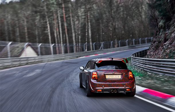 Doctorat pe Nurburgring: viitorul Mini John Cooper Works GP își arată calitățile sportive pe Iadul Verde - Poza 21