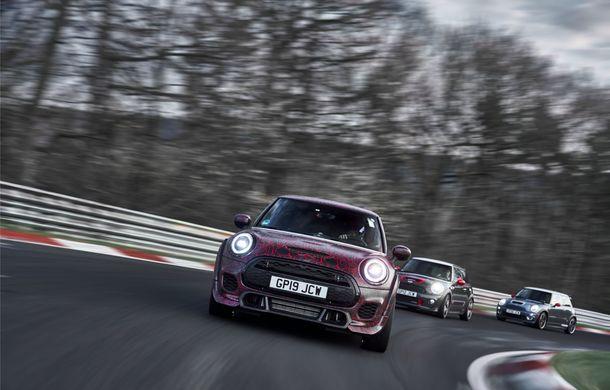 Doctorat pe Nurburgring: viitorul Mini John Cooper Works GP își arată calitățile sportive pe Iadul Verde - Poza 43