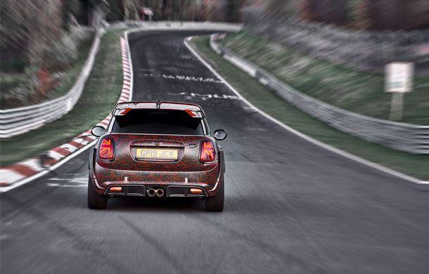Doctorat pe Nurburgring: viitorul Mini John Cooper Works GP își arată calitățile sportive pe Iadul Verde - Poza 26