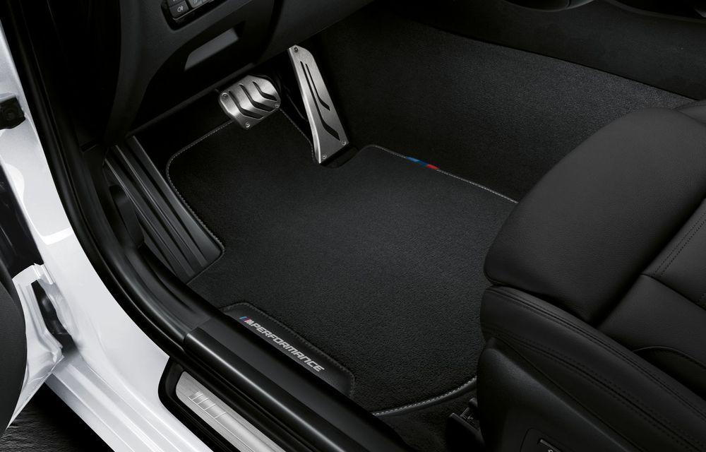 Pachete M Performance pentru noile BMW Seria 8 Gran Coupe și Seria 3 Touring: elemente noi de caroserie și accesorii speciale pentru interior - Poza 20