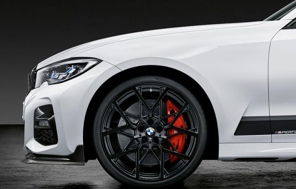 Pachete M Performance pentru noile BMW Seria 8 Gran Coupe și Seria 3 Touring: elemente noi de caroserie și accesorii speciale pentru interior - Poza 12