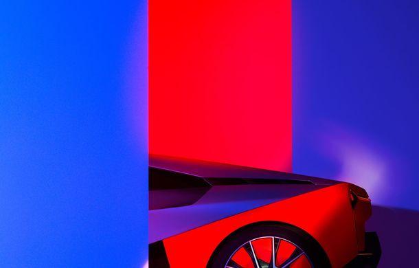 BMW a prezentat conceptul Vision M Next: prototipul cu sistem plug-in hybrid cu 600 CP anticipează viitorul modelelor din gama M - Poza 38